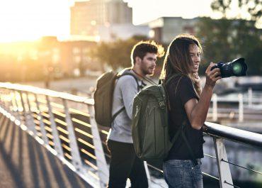 日常のバックパックとしても使える汎用型カメラバッグ「Thule EnRoute Camera Backpack」発売!