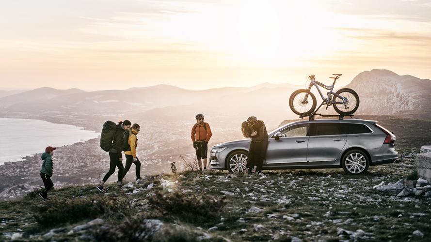 スウェーデン『THULE(スーリー)』ブランドのバッグ、ラゲッジおよびベビーカー分野の国内での独占販売権の取得について。